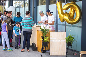 Wattle Grove Shopping Centre Opening Day